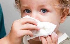 Кашель от соплей у ребенка: чем лечить неприятный симптом?