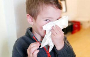 Сосудосуживающие капли Назол бэби: инструкция по применению для детей