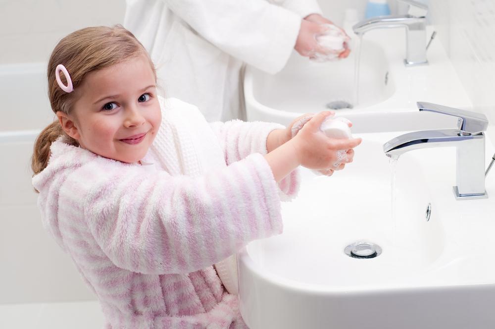 Умывание ребенка