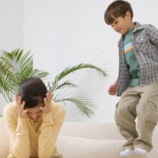 Синдром дефицита внимания и гиперактивности (СДВГ): симптомы у детей и способы лечения