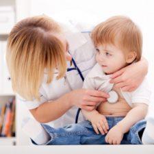 Признаки воспаления легких у детей и способы лечения болезни