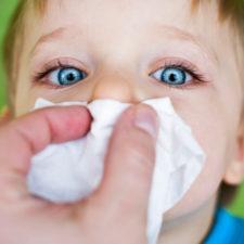 Густые сопли у ребенка: чем лечить в домашних условиях?
